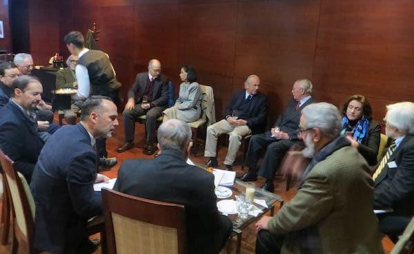 Inicio de la reunión, en círculo