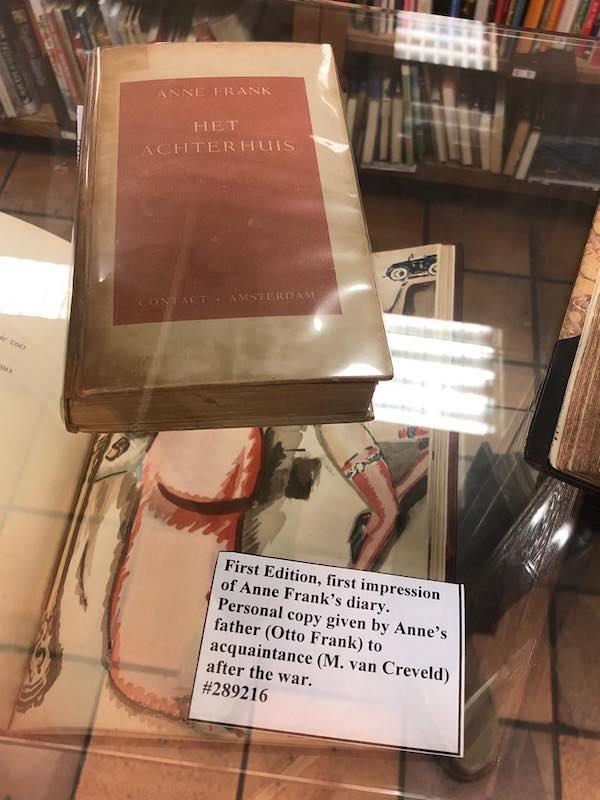 Primera edición de El diario de Ana Frank, en venta por 5.000 Euros.