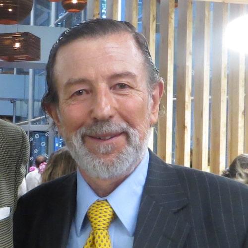 Víctor Manuel Avilés2
