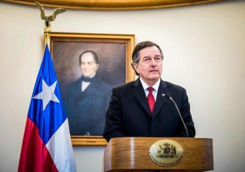 El Presidente De La República Nombra Canciller De Chile A Nuestro Socio Roberto Ampuero.