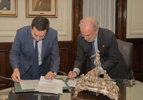 Socio Rodrigo Obrador Firma Convenio Entre Biblioteca Del Congreso Nacional Y La Real Academia Española