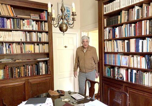 Socio Gonzalo Ibáñez: La Hora De La Verdad. ¿Por Qué Soy Bibliófilo?