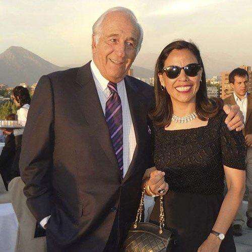 L'avvocato Miguel Schweitzer, Ex Ministro Degli Affari Esteri Del Cile, Con Norma Alcaman.